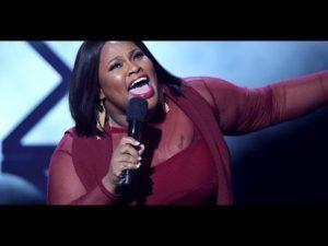 Tasha Cobbs Leonard - Powerful Worship Medley